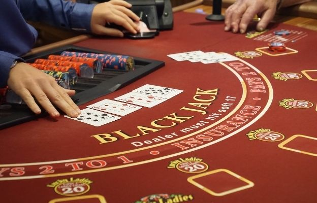 Casino games with a higher chance of winning blackjack